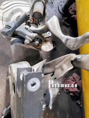 broken suspension parts